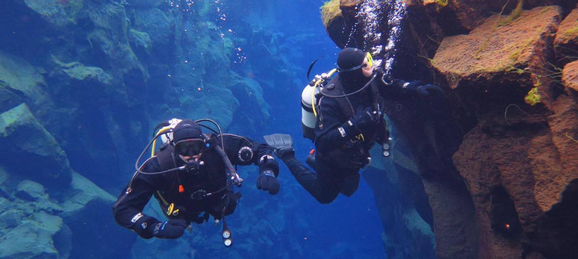 Cold water divers